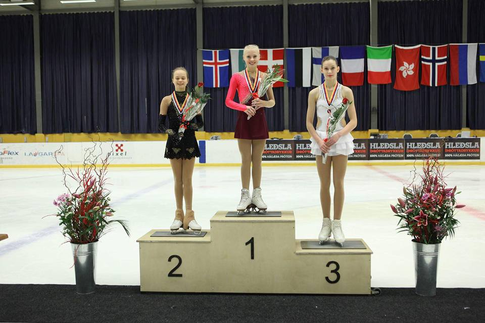 junior ladies podium